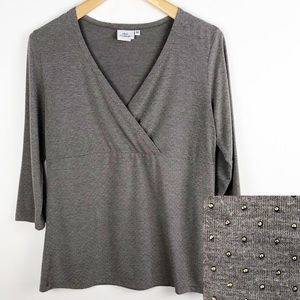 Hot Cotton V-Neck Gray Shirt Tiny Gold Studs M
